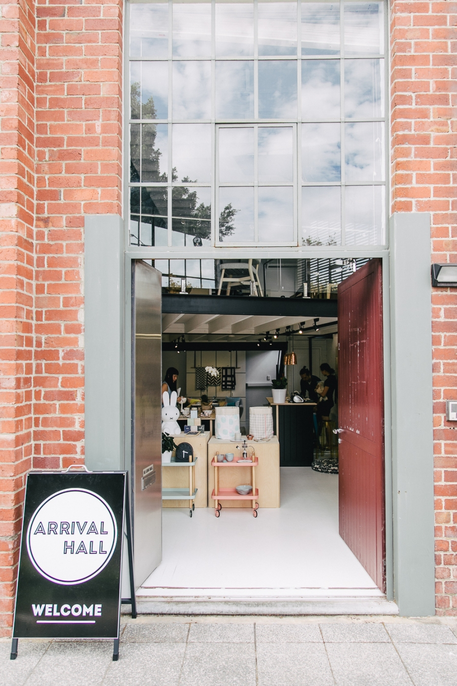 arrival-hall-17